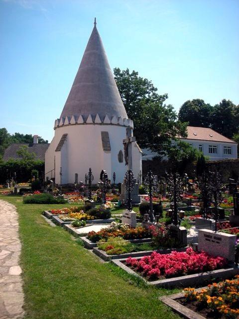 Friedhof und Karner