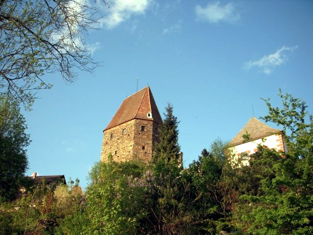 Antonturm und Pernersdorferhof