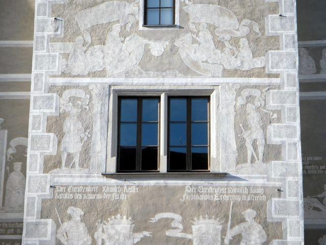 """Sgraffiti am """"Alten Rathaus"""""""