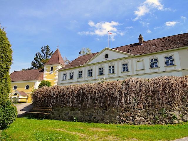 Schloss Niedernondorf