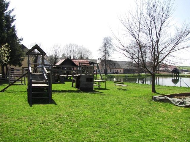 Kinderspielplatz Ottenschlag Unterer Ortsteich
