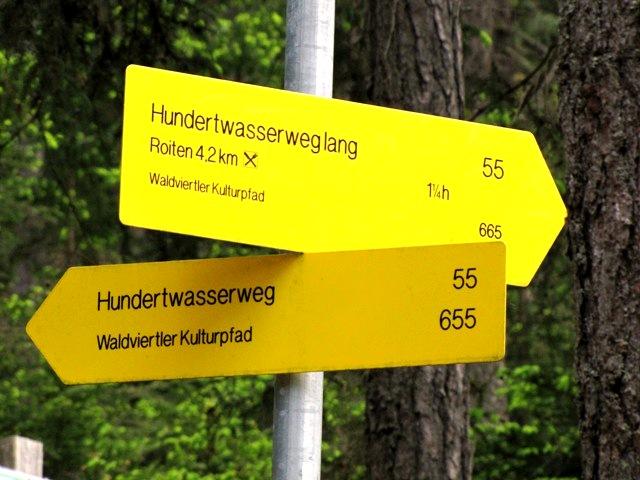 Wegweiser - kurze oder lange Route
