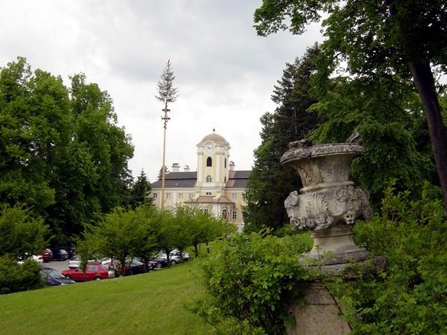 Schloß Rosenau