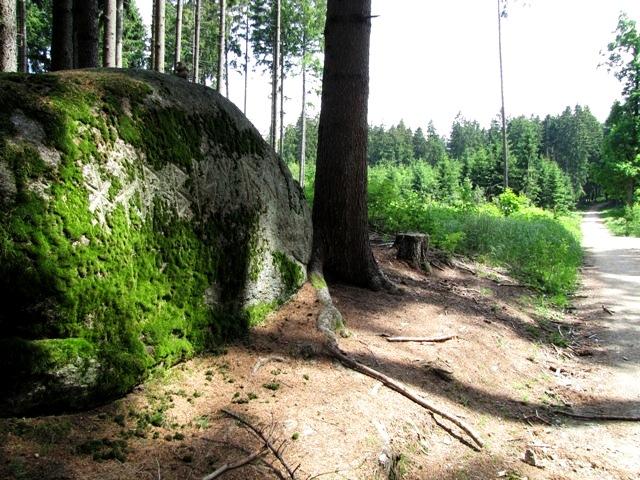 1.Runenstein