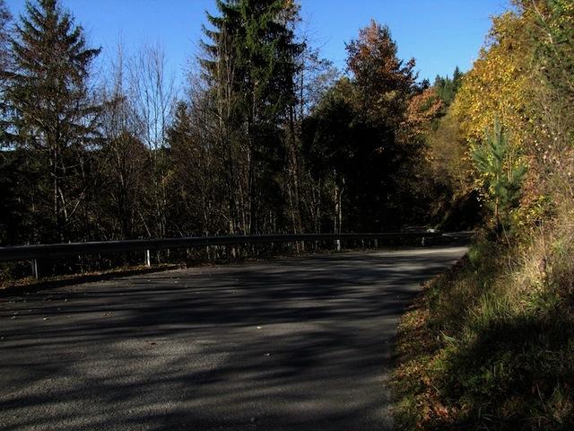 Straße Richtung Tiefenbach