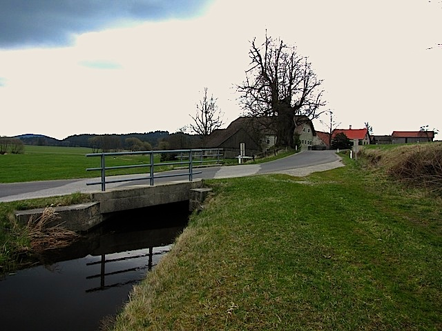 Brücke über den Mühlbach
