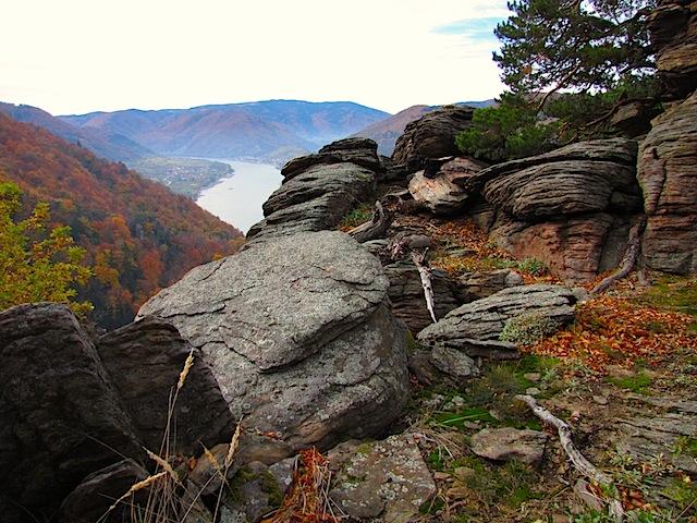 1.Plateau