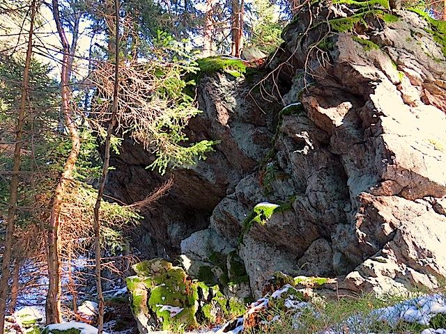 wandartige Felsen