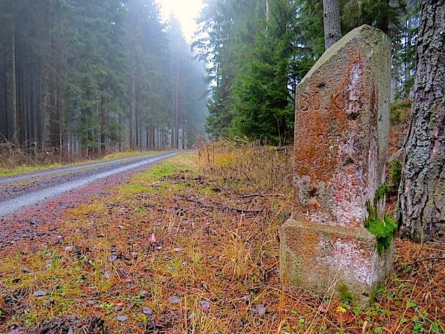 Alter Kilometerstein