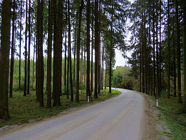 Richtung Großhaselbach