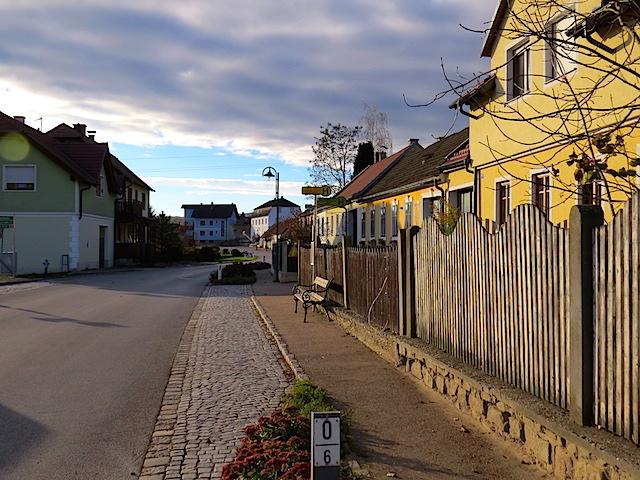 Langenloiserstraße