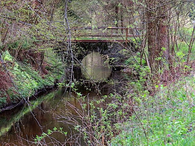 Rundbogenbrücke