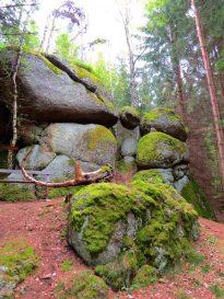 Die schwebende Weltkugel bei Rappottenstein