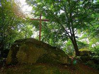 Kreuz mit Kultplatz