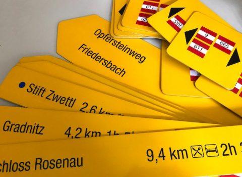 Neue Wanderwegweiser in der Stadt Zwettl