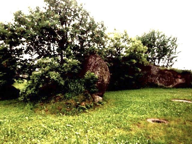 Zwei Granitblöcke